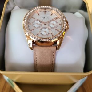 *Free Ship* FOSSIL Watch